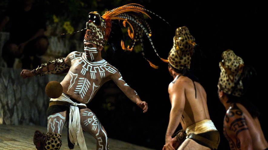 Vo chto igrali drevnie narody Latinskoj Ameriki Indejskoe shou