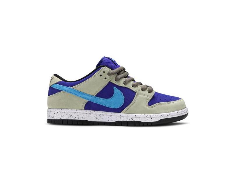 Nike Dunk Low SB ACG Celadon 8