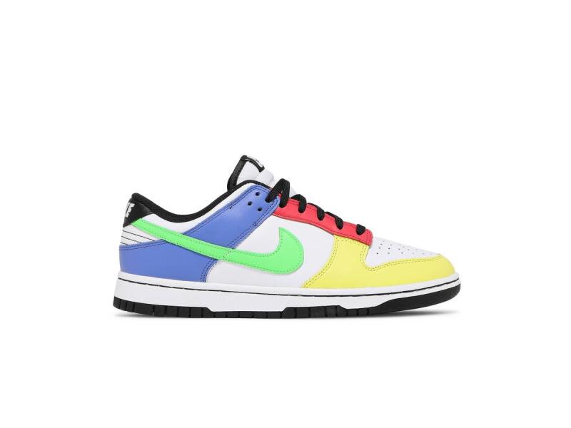 Wmns Nike Dunk Low Green Strike