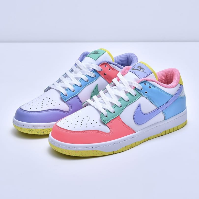 Wmns Nike Dunk Low SE Easter 11
