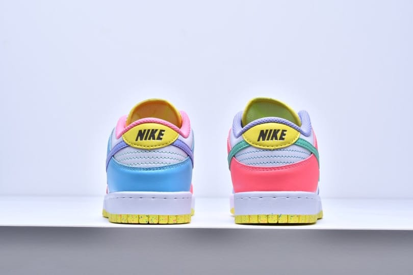 Wmns Nike Dunk Low SE Easter 7