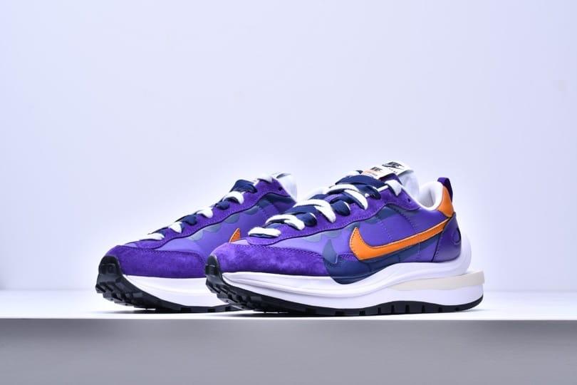 sacai x Nike VaporWaffle Dark Iris 5