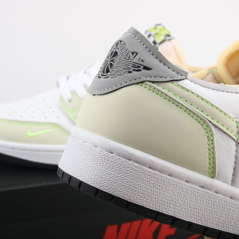 Air Jordan 1 Low OG Ghost Green 2