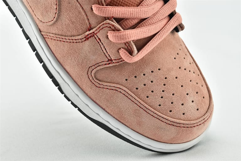 Nike Dunk Low SB Pink Pig 15