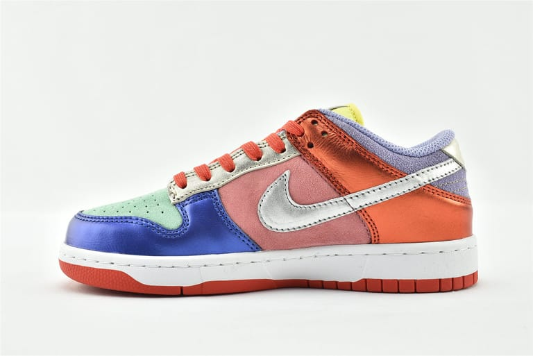 Wmns Nike Dunk Low Sunset Pulse 11