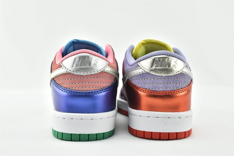 Wmns Nike Dunk Low Sunset Pulse 18