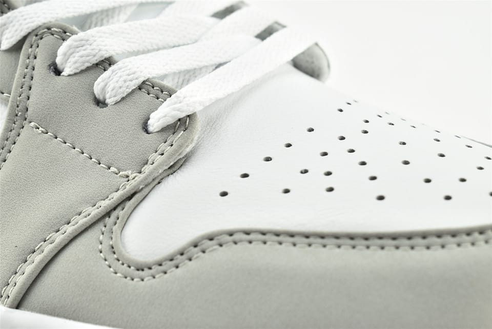 Wmns Air Jordan 1 Low White Wolf Grey 11