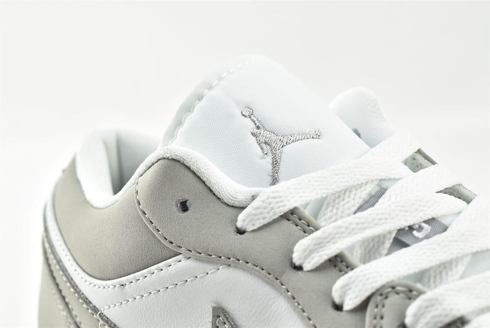 Wmns Air Jordan 1 Low White Wolf Grey 13