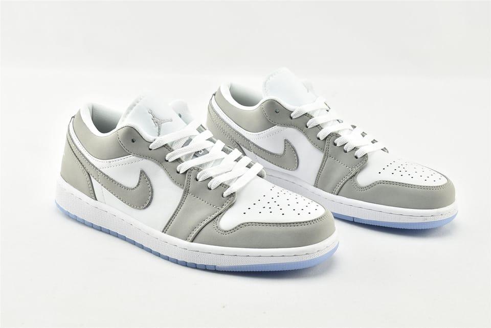 Wmns Air Jordan 1 Low White Wolf Grey 2