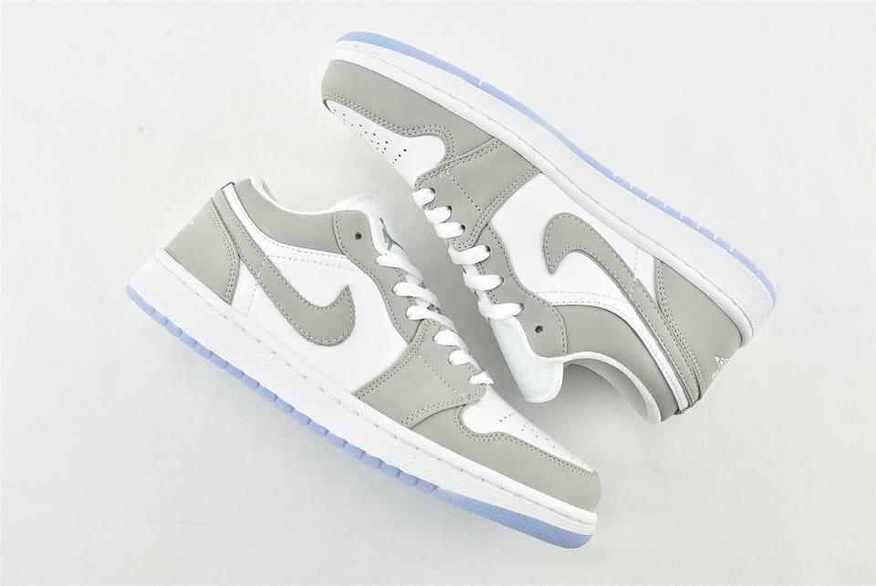Wmns Air Jordan 1 Low White Wolf Grey 4