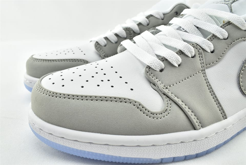 Wmns Air Jordan 1 Low White Wolf Grey 5
