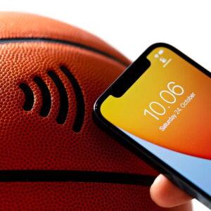 SiQ Smart Basketball 1