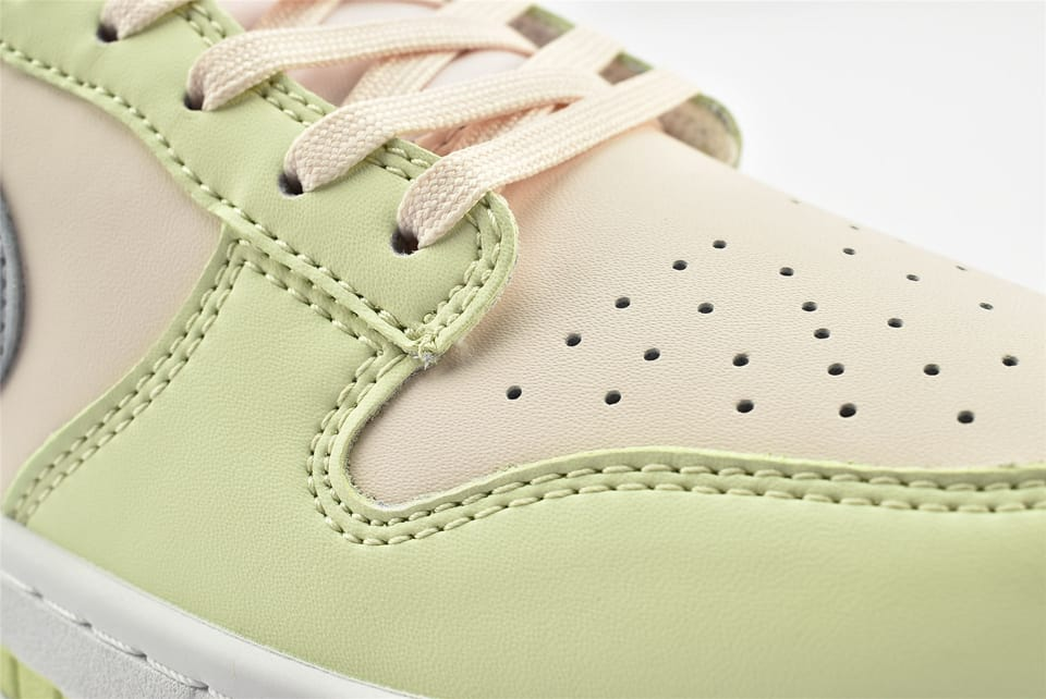 Wmns Nike Dunk Low Lime Ice 12