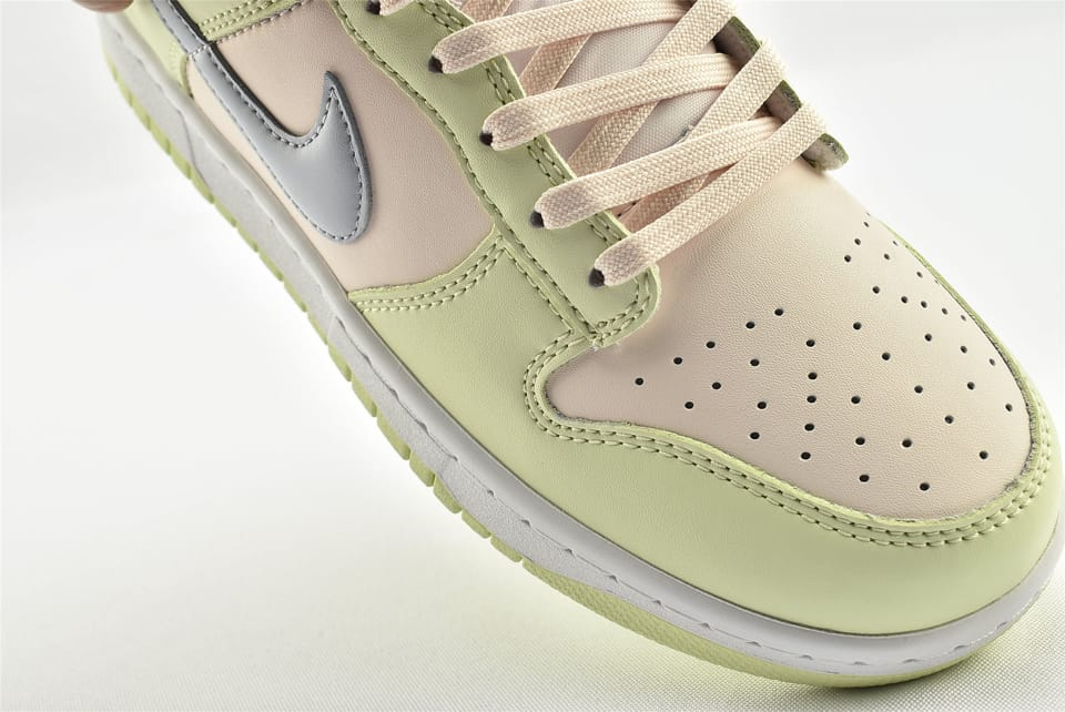 Wmns Nike Dunk Low Lime Ice 14