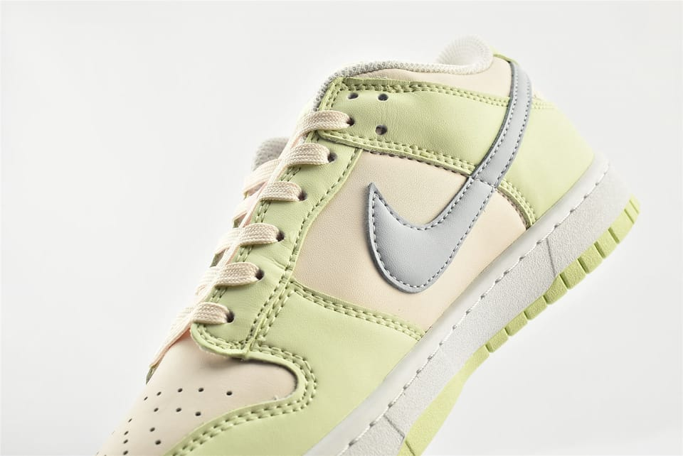 Wmns Nike Dunk Low Lime Ice 15