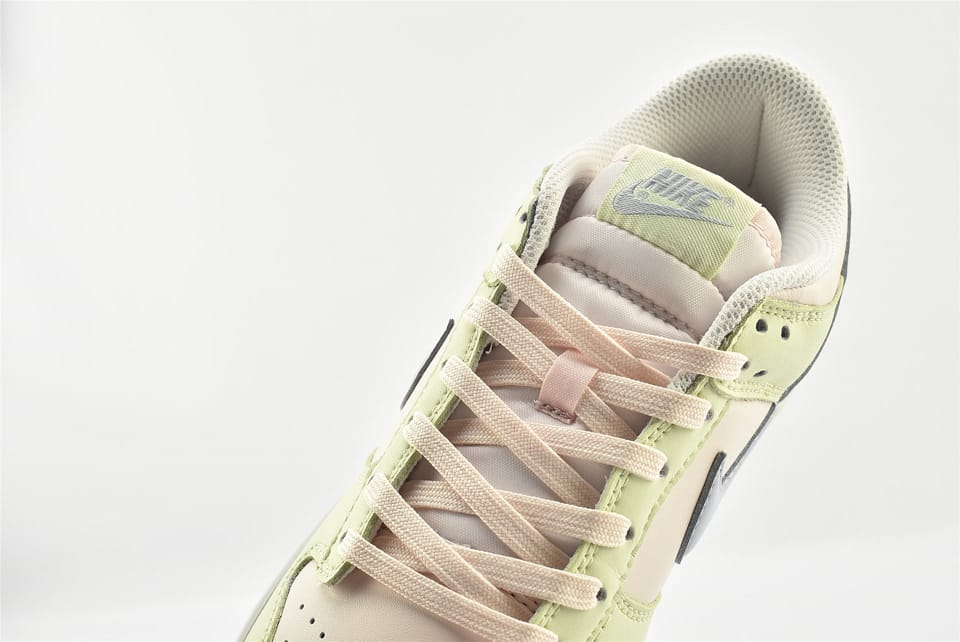 Wmns Nike Dunk Low Lime Ice 16