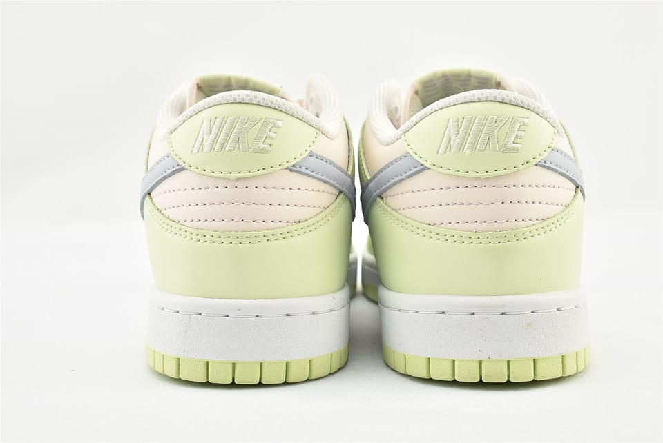Wmns Nike Dunk Low Lime Ice 17