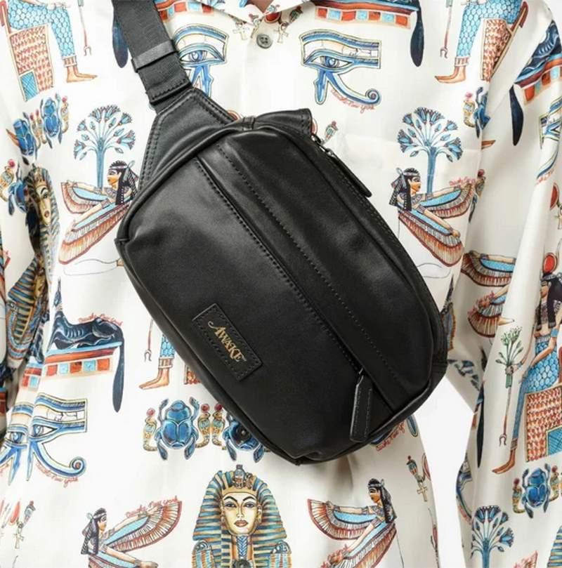 Awake Leather Sidebag Black 2