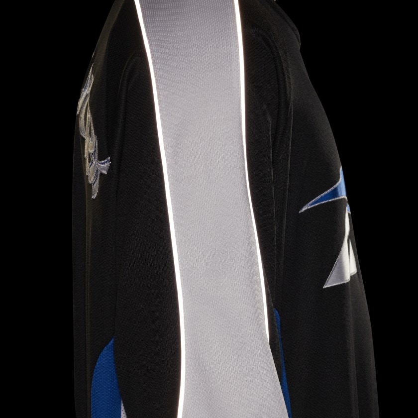 Awake x Reebok Hockey Jersey Black 7