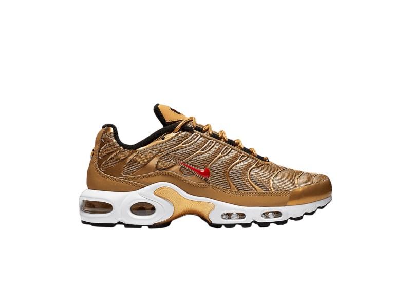 Wmns Nike Air Max Plus QS Metallic Gold