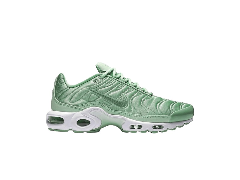 Wmns Nike Air Max Plus SE Enamel Green